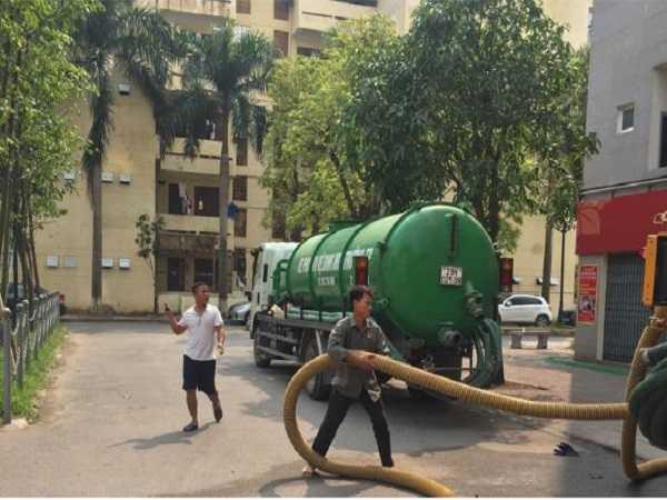 Dịch vụ hút bể phốt tại Quốc Oai nhanh chóng, chuyên nghiệp